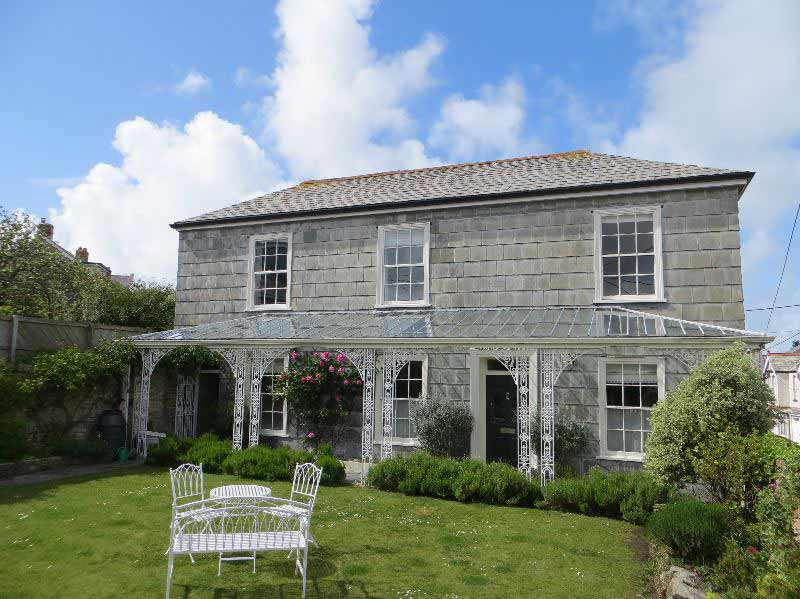 places to stay in Padstow - Cosworth House in Padstow