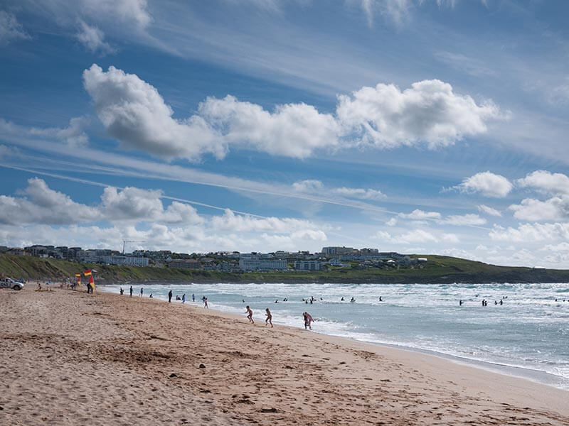 Fistral Beach - Dog friendly beaches in Cornwall